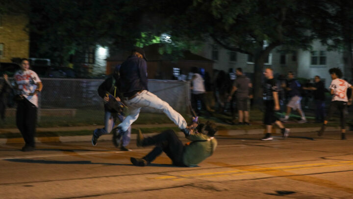 Political analysts warn of U.S. election violence
