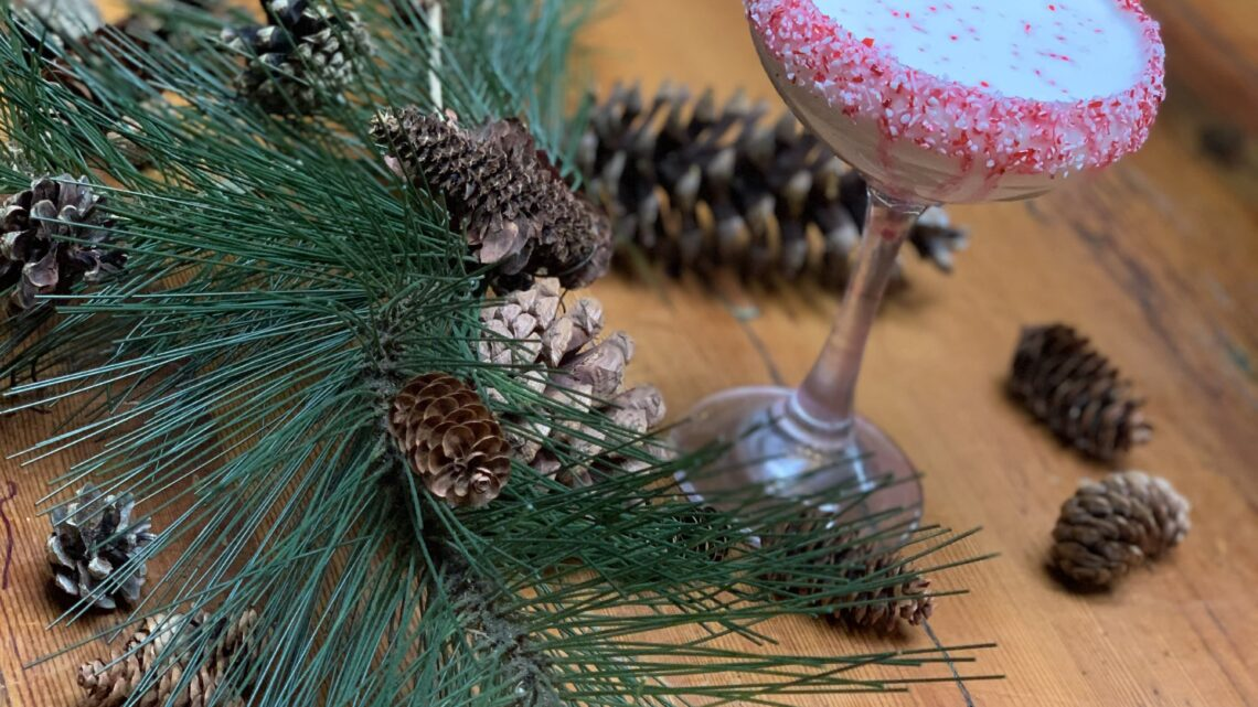 Easy cocktail recipes for celebrating the holidays at home