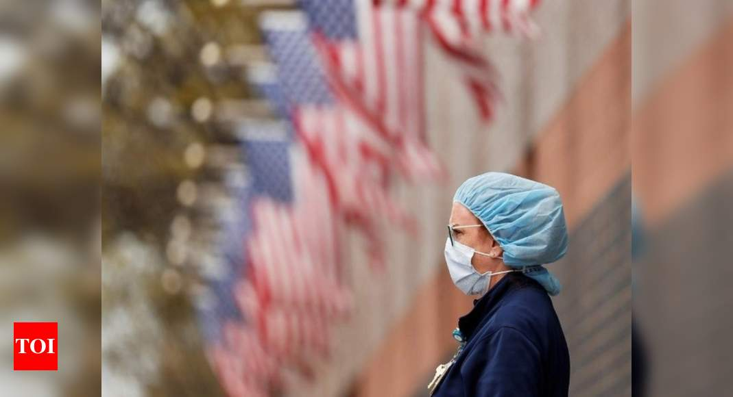 US looking 'very carefully' at new virus variant