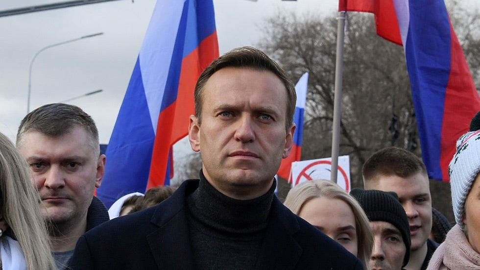 Russian agent reveals Navalny poisoned through his underpants : worldnews