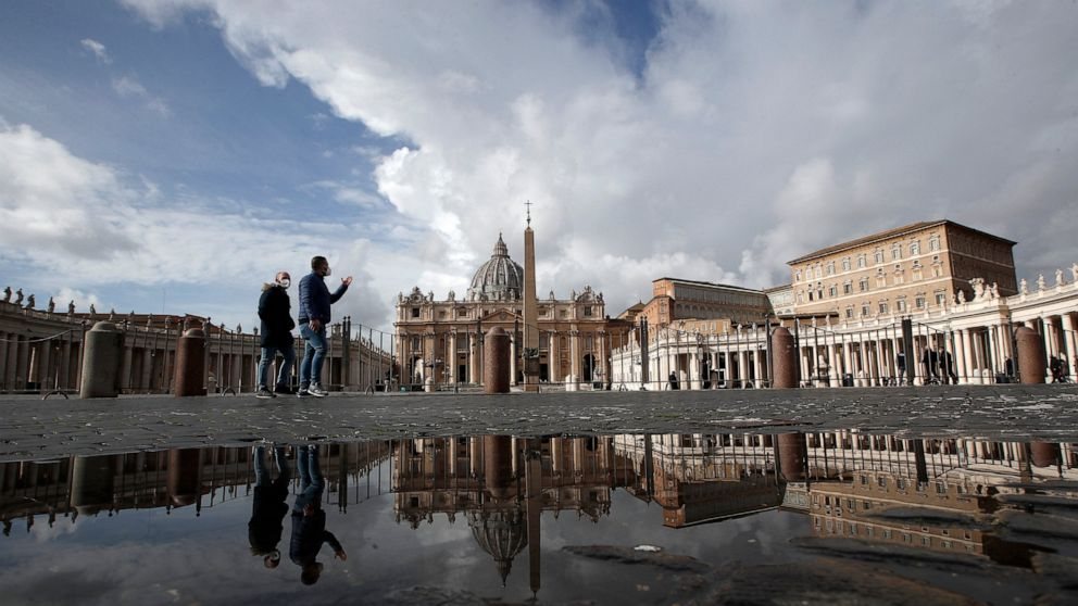 Pope sets date to honor 'forgotten' grandparents and elders