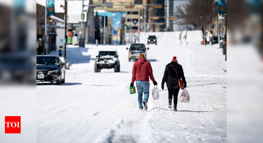 Cold snap leaves 8 million in Texas, Mexico without power