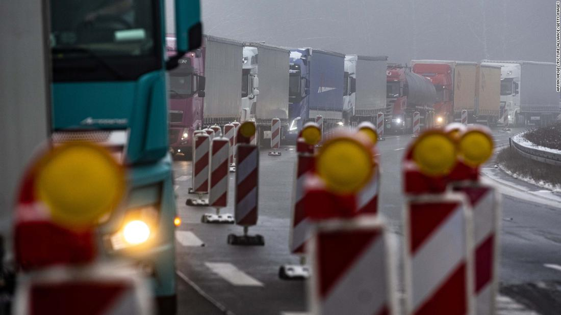 Border delays could force Germany's car plants to close
