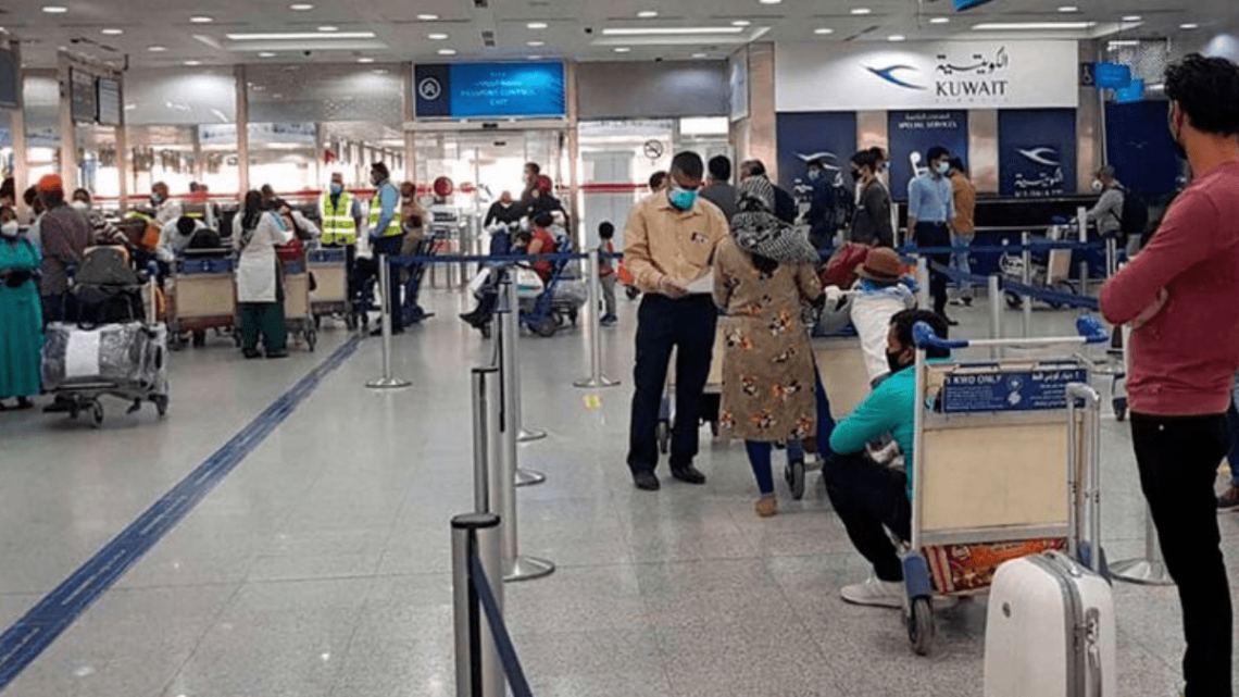 Almost 11,000 Expats Leave Kuwait In One Month
