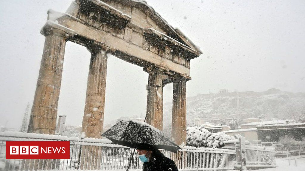 In pictures: Greece's Acropolis blanketed in snow