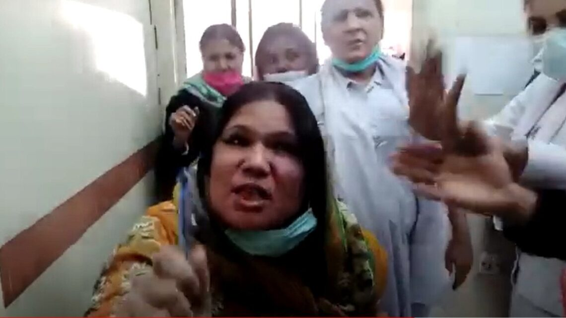 Christian nurse beaten by colleagues and accused of blasphemy, an offence punishable by death in Pakistan : worldnews