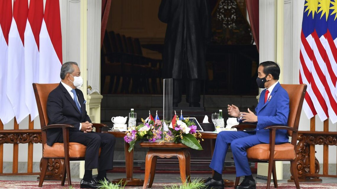 Indonesia, Malaysia urge ASEAN to hold talks on Myanmar coup